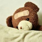 ZUS | Zasiłek opiekuńczy – kiedy ikomuprzysługuje?
