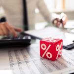 Świadczenie postojowe – Jaki musi być spadek przychodów?