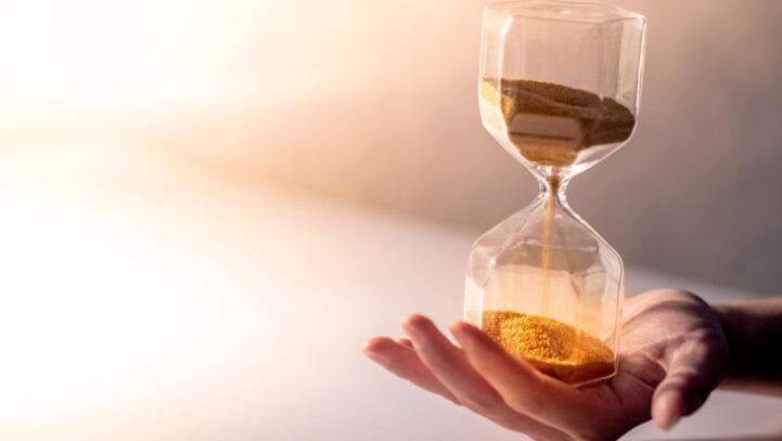 Kiedy ZUS wypłaci zasiłek? | Terminy wypłaty zasiłku przezZUS