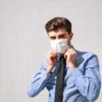 Czymożna zwolnić dyscyplinarnie zabrak maseczki?