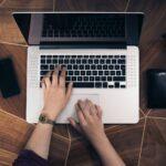 Prywatny laptop, telefon, samochód używany docelów służbowych -> sposób rekompensaty przezpracodawcę
